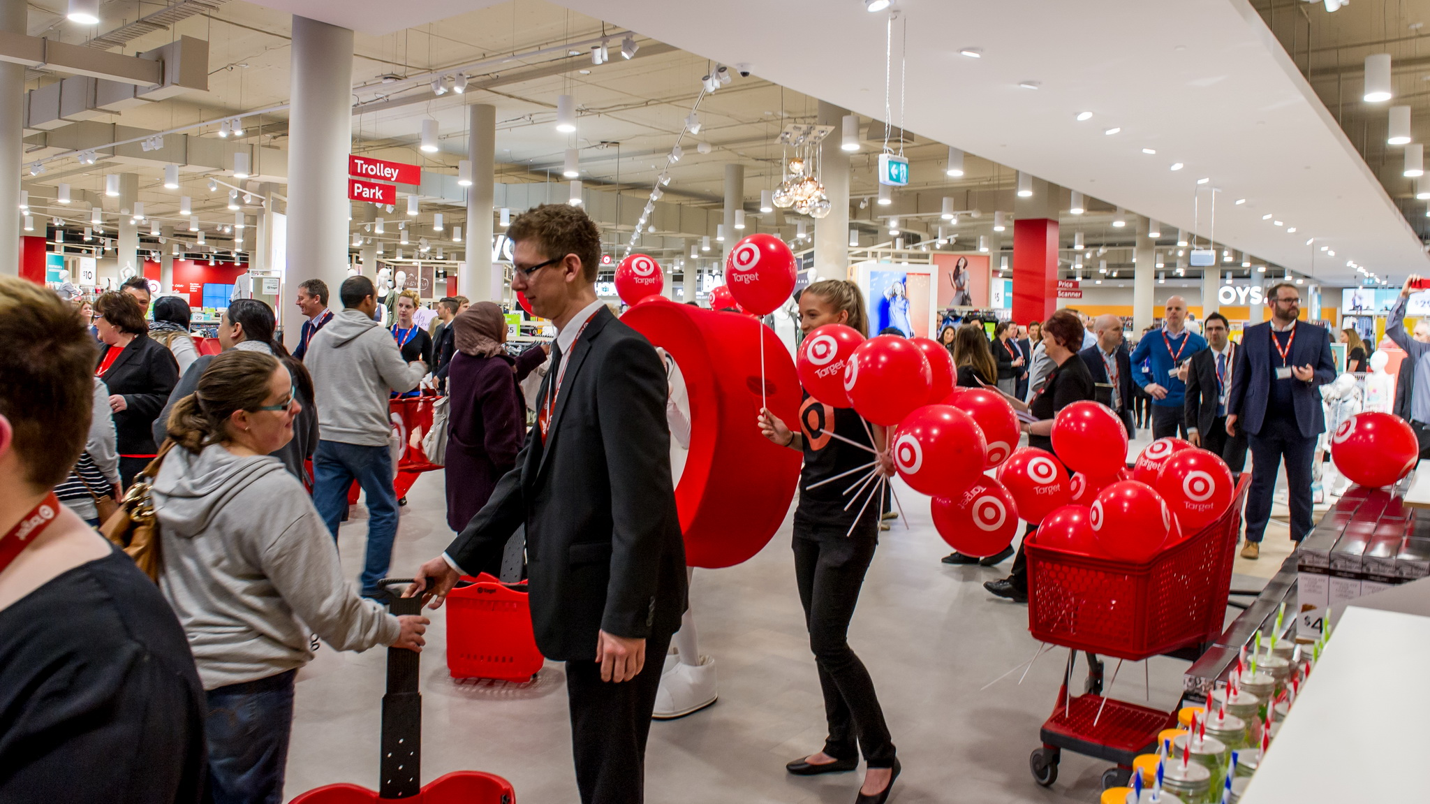 New target store opening pacific werribee shopping for New anthropologie stores opening 2016